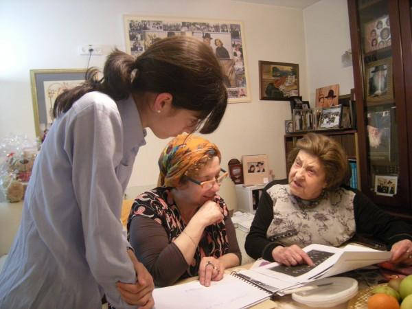Reyzele Berkman speaking to her grand-daughter Bat-Sheva